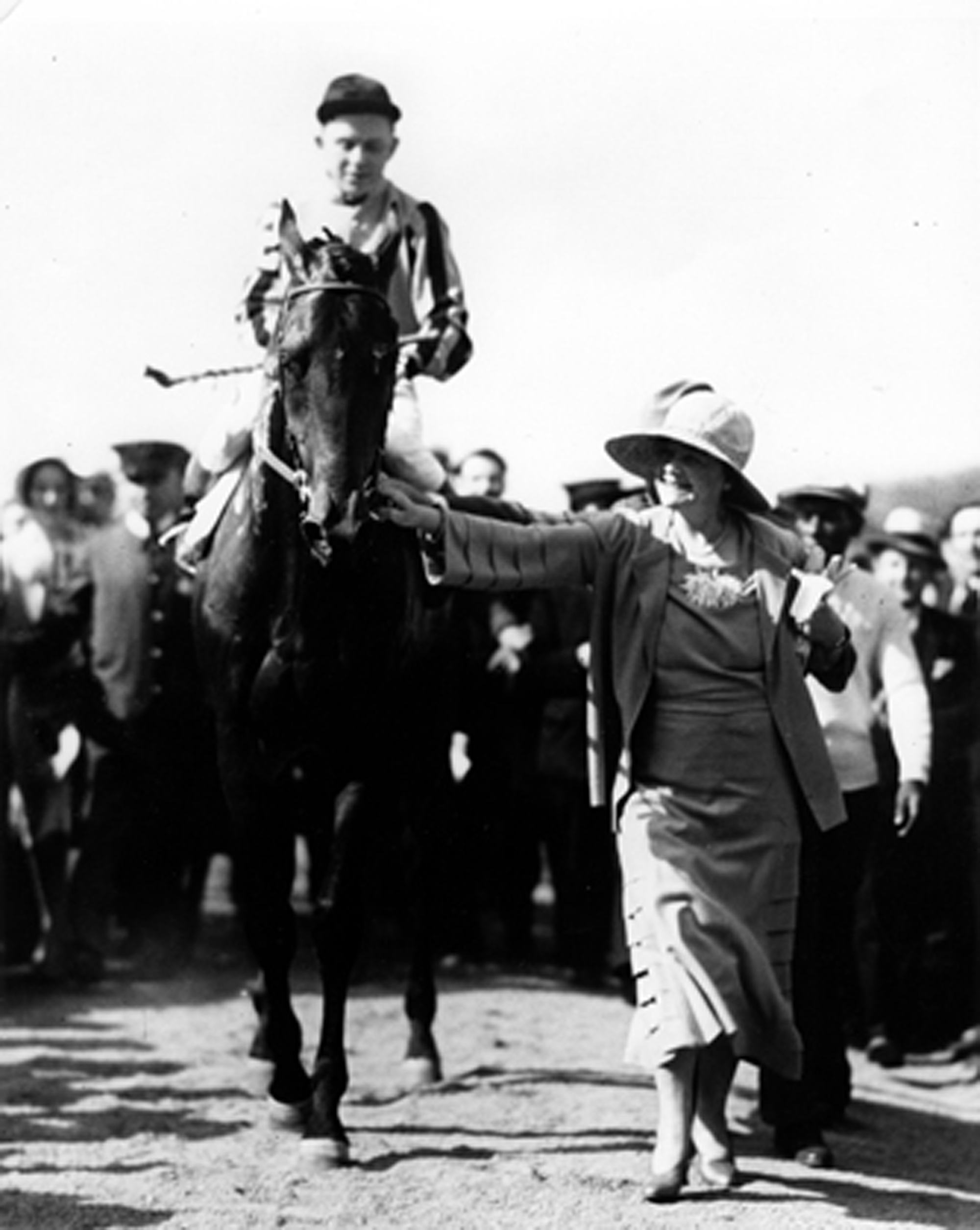 1993.24.2949: Twenty Grand being led by owner Helen Hay Whitney, 1931 (Museum Collection)
