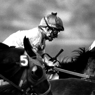 2005.10.311: William Shoemaker at start of race at Santa Anita, 1977, Credit: Bill Mochon