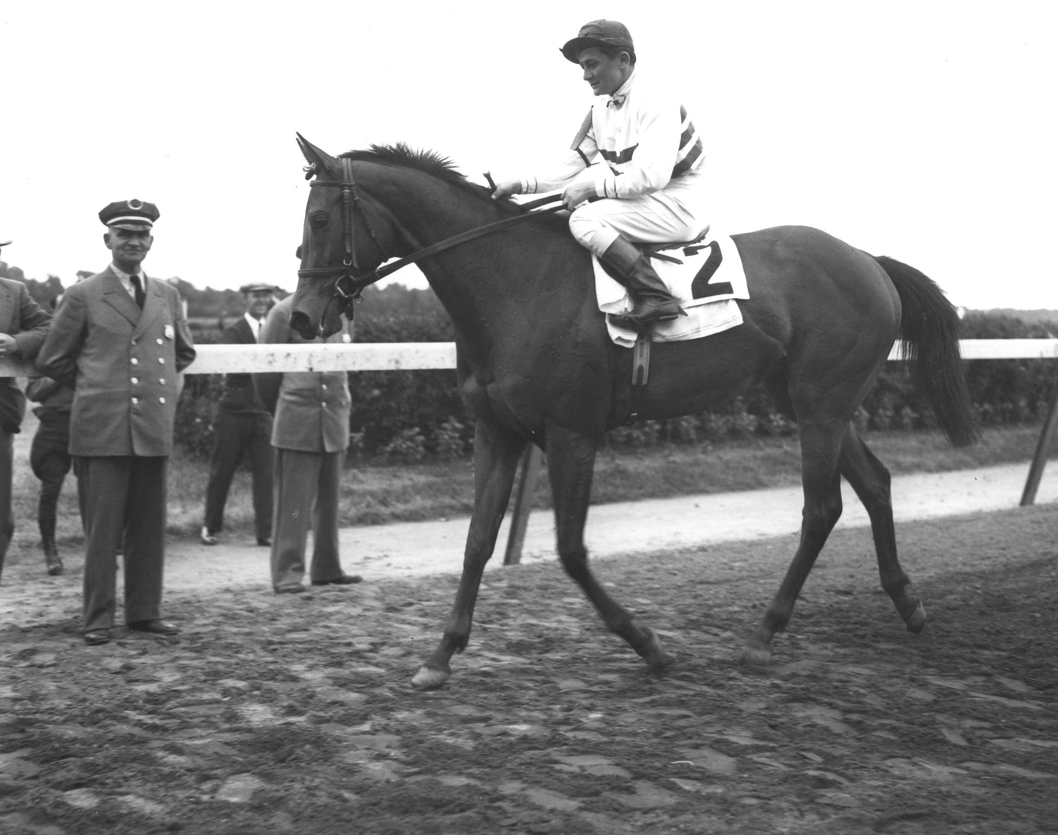 Black Helen after winning the 1935 Coaching Club American Oaks (Keeneland Library Morgan Collection/Museum Collection)