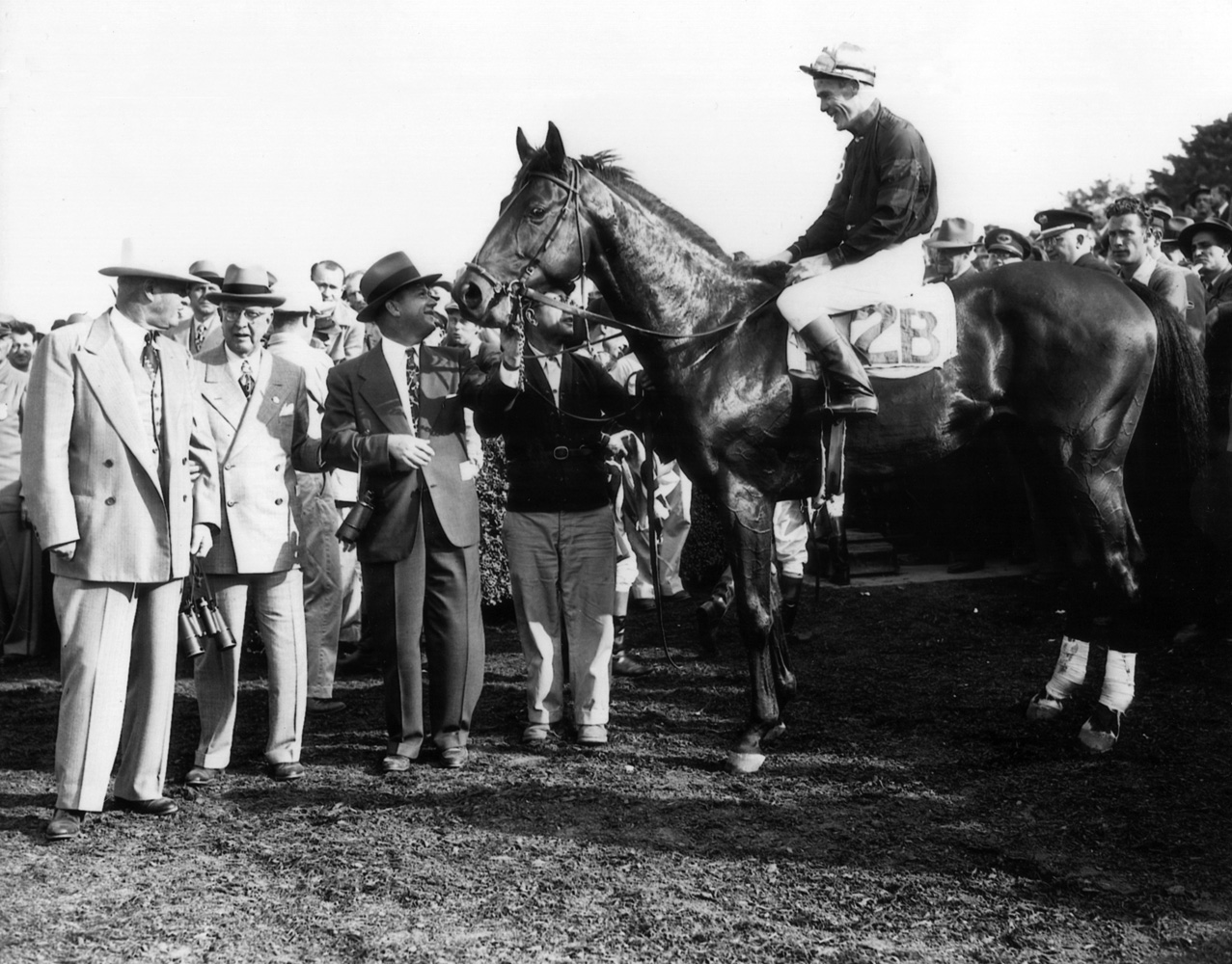 Citation (Al Snider up) in the winner's circle for the Belmont Futurity (Museum Collection)