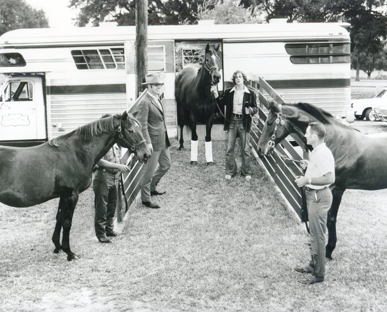 Aspidistra (left), Ta Wee (center), and Dr. Fager (right) (Museum Collection)