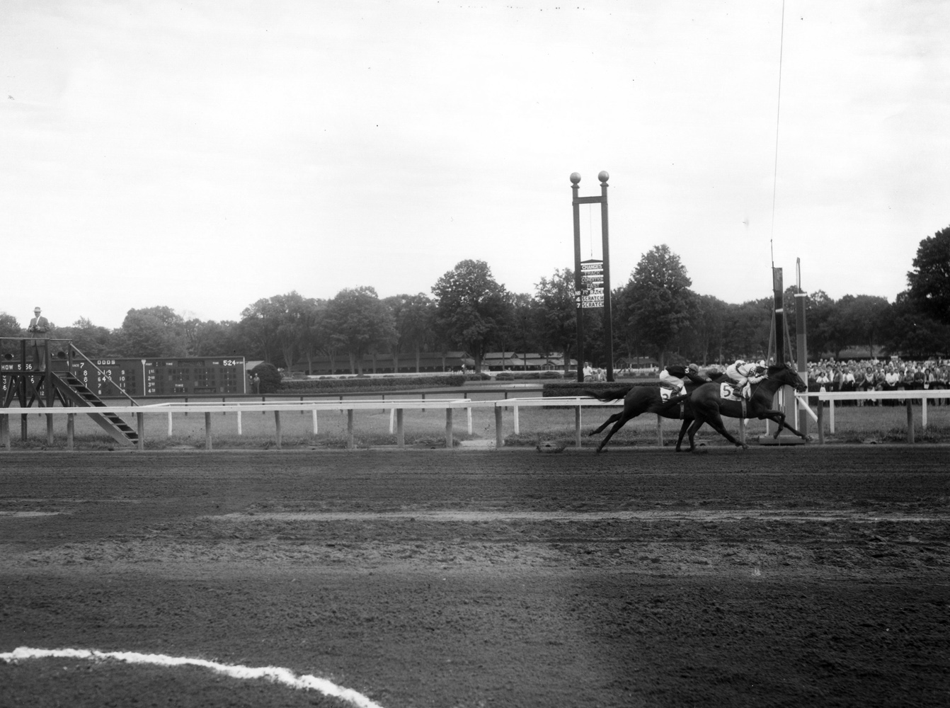Gallant Man (Bill Shoemaker up) winning the 1957 Travers Stakes at Saratoga (Keeneland Library Morgan Collection/Museum Collection)