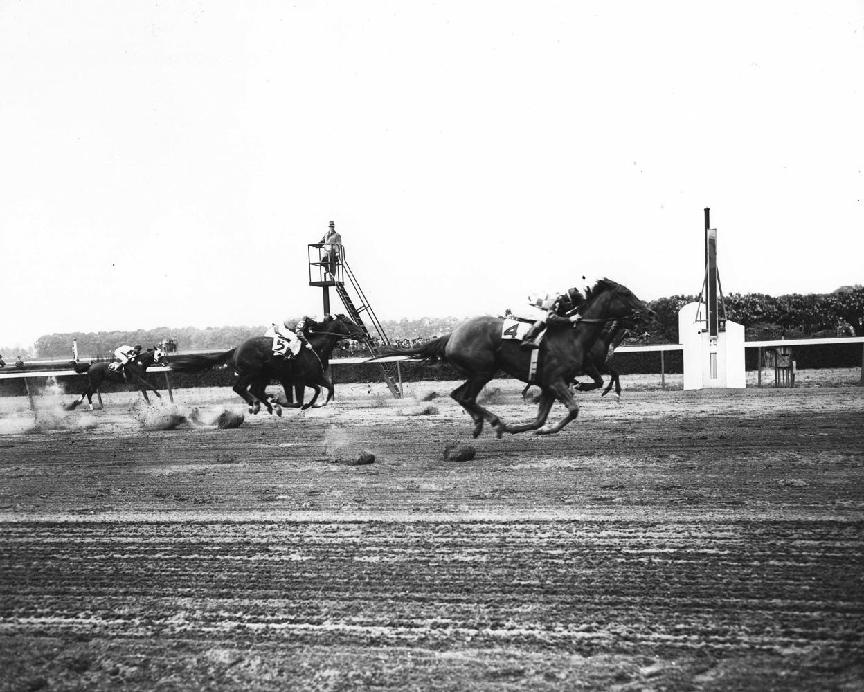 Gallorette (Job D. Jessop up) winning the 1946 Metropolitan Handicap at Belmont Park by a nose (Keeneland Library Morgan Collection/Museum Collection)