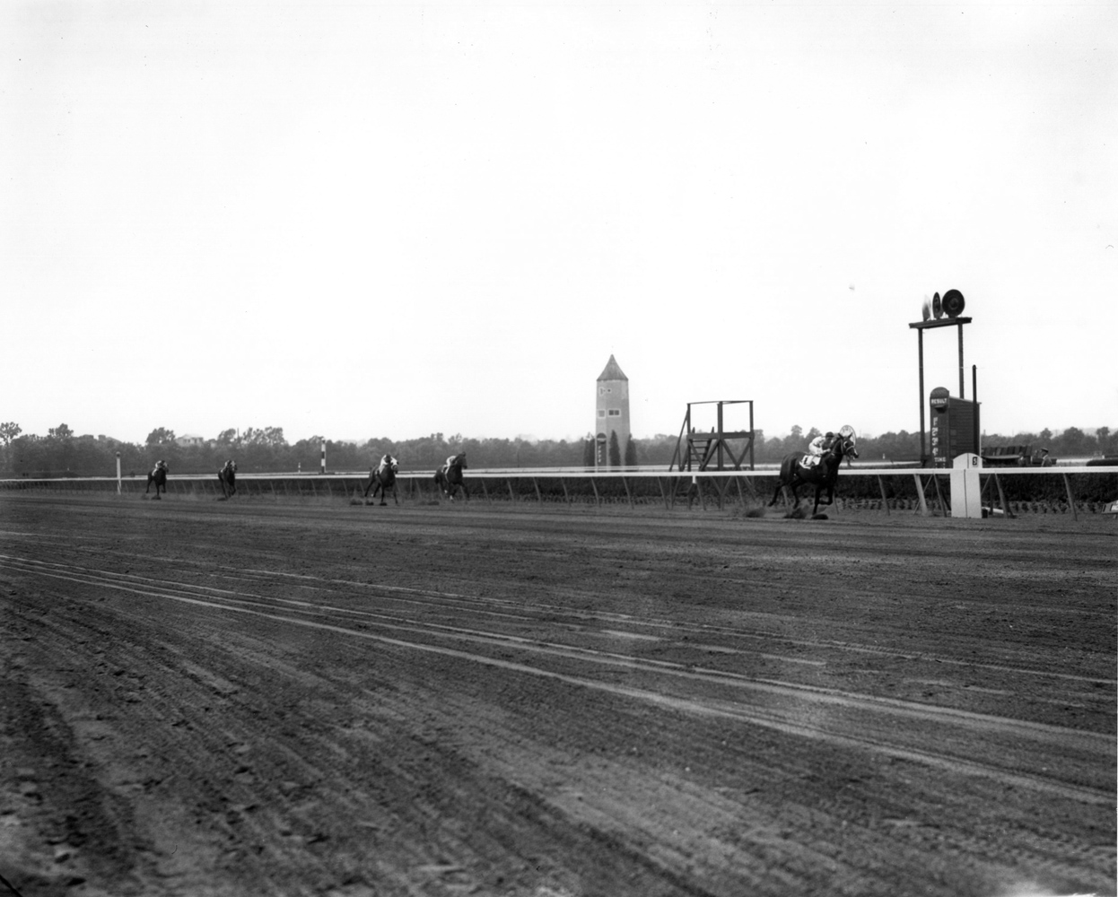 Johnstown (James Stout up) winning the 1939 Withers Stakes at Belmont Park (Keeneland Library Morgan Collection/Museum Collection)