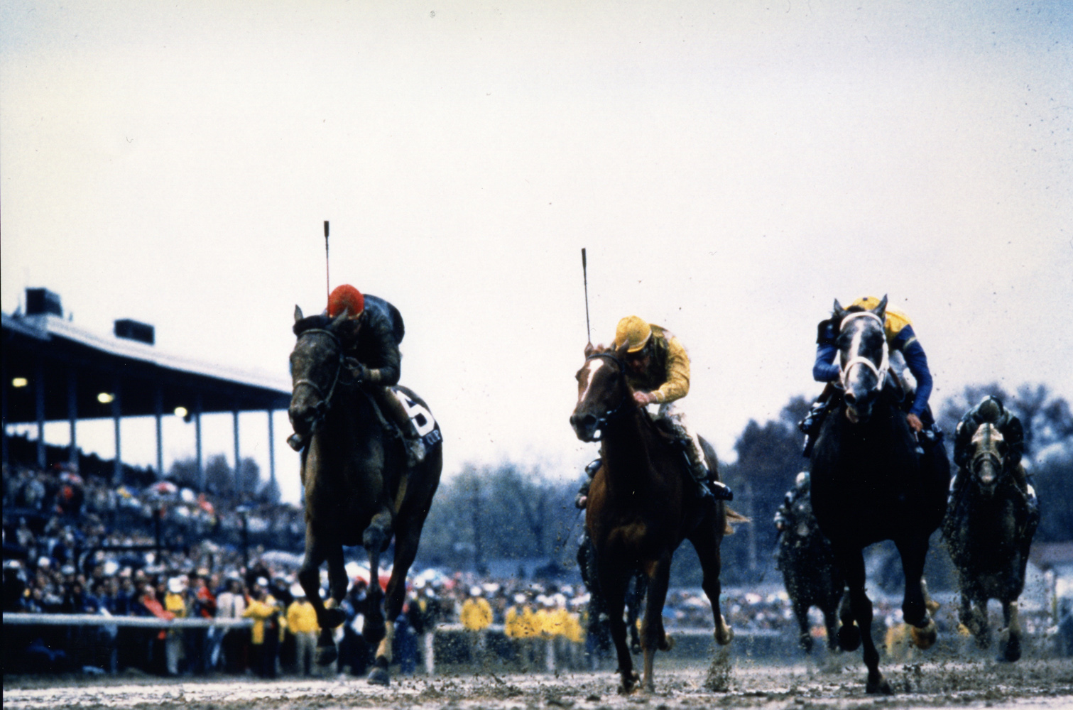 Personal Ensign (Randy Romero up) charging down the stretch to win the 1988 Breeders' Cup Distaff at Churchill Downs (Breeders' Cup Photo/Museum Collection)
