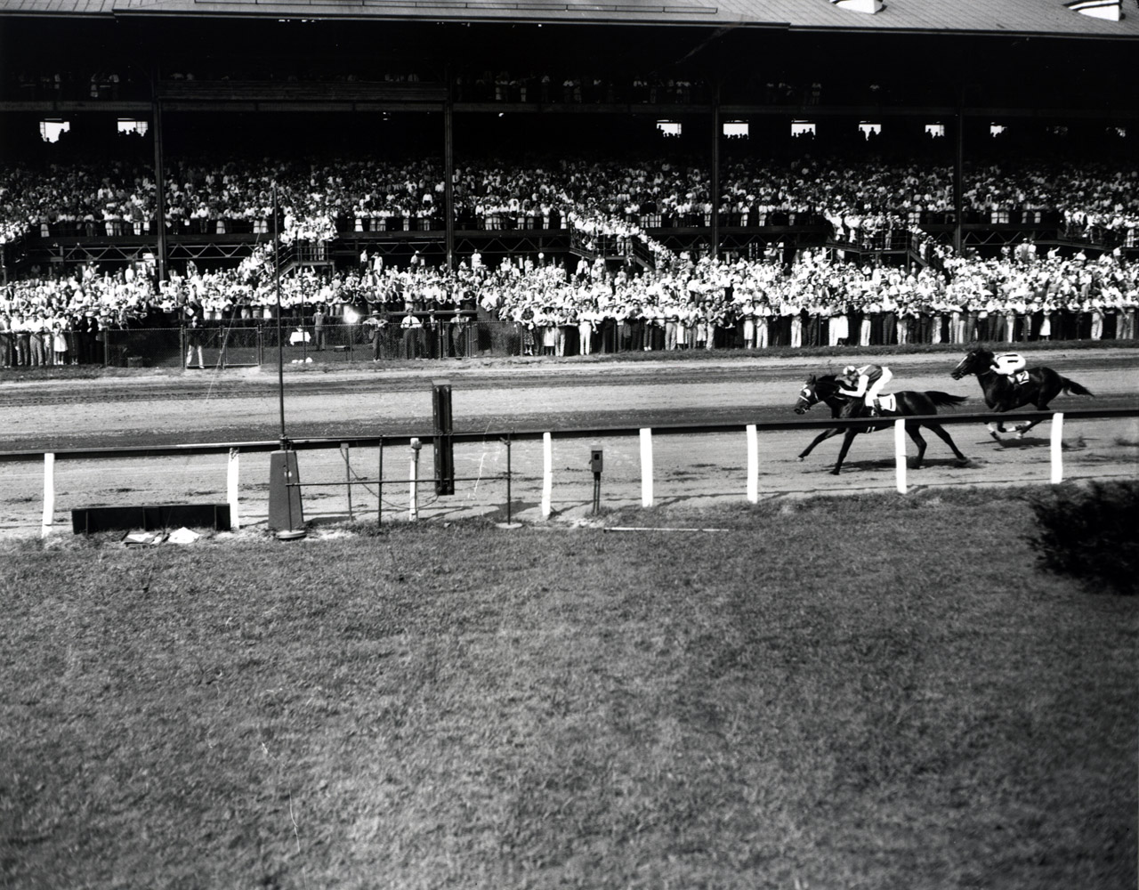 Seabiscuit (Red Pollard up) winning the 1937 Butler Handicap at Empire City (Museum Collection)
