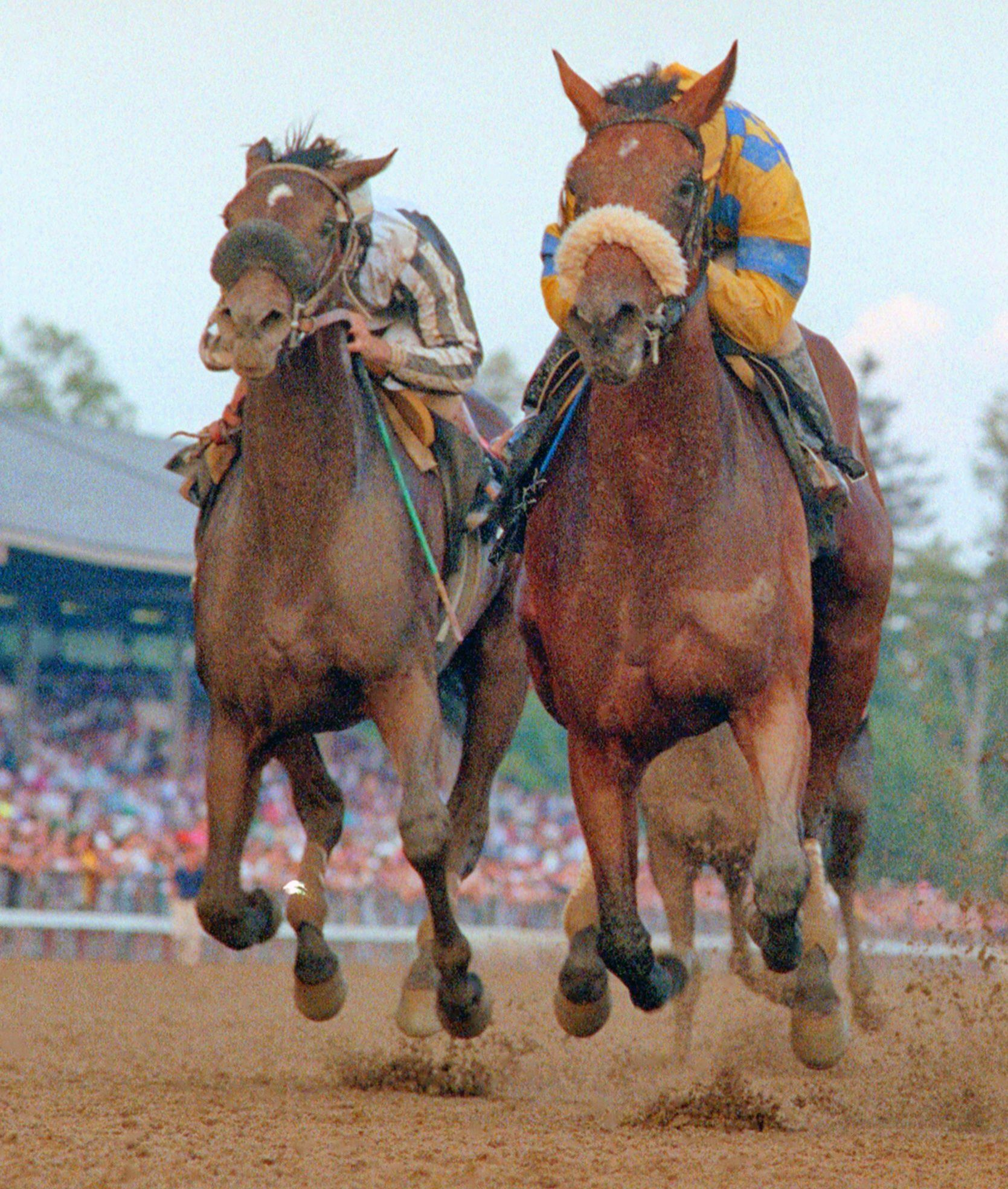 Sky Beauty, right, with Mike Smith up, winning the 1993 Alabama Stakes (NYRA)