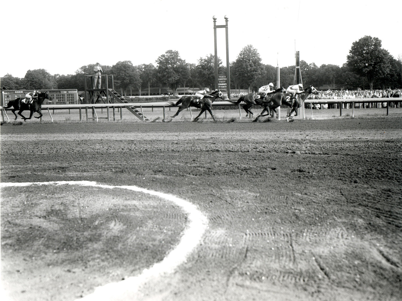 Sword Dancer (Manuel Ycaza up) winning the 1959 Travers at Saratoga (Keeneland Library Morgan Collection/Museum Collection)