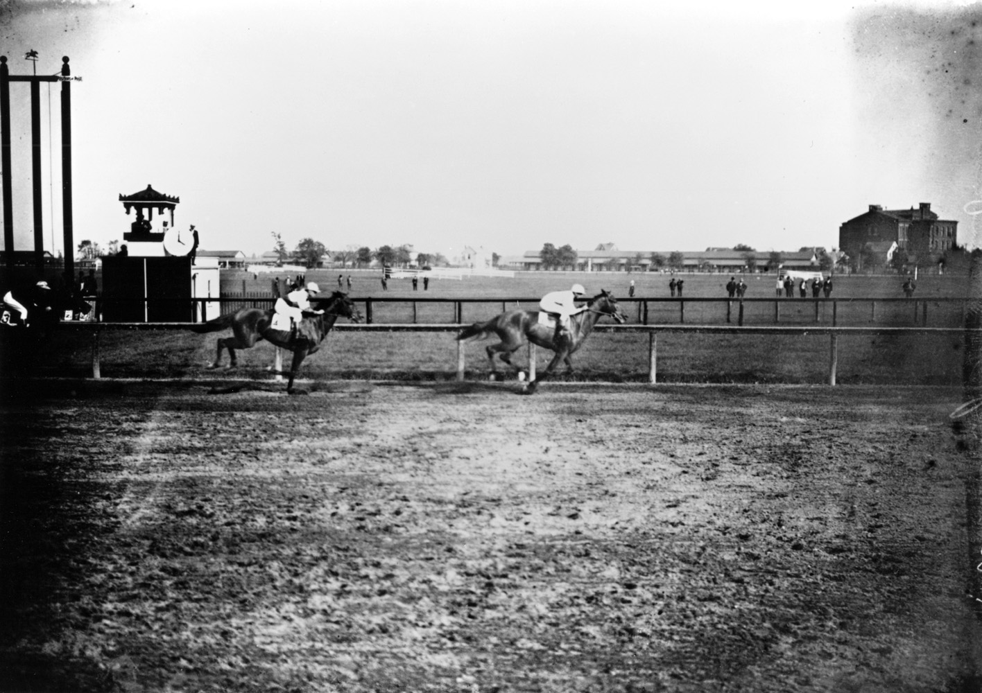 Sysonby (Nicol up) winning the 1905 Champion Stakes at Sheepshead Bay, his final career race (Keeneland Library Cook Collection/Museum Collection)