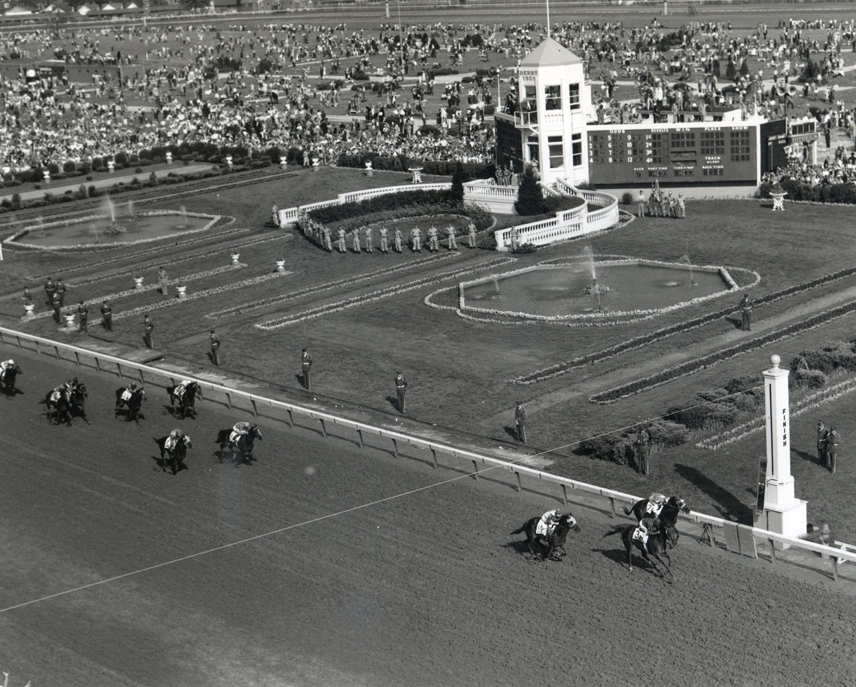 Tim Tam (Ismael Valenzuela up) winning the 1958 Derby at Churchill Downs (Churchill Downs Inc./Kinetic Corp. /Museum Collection)