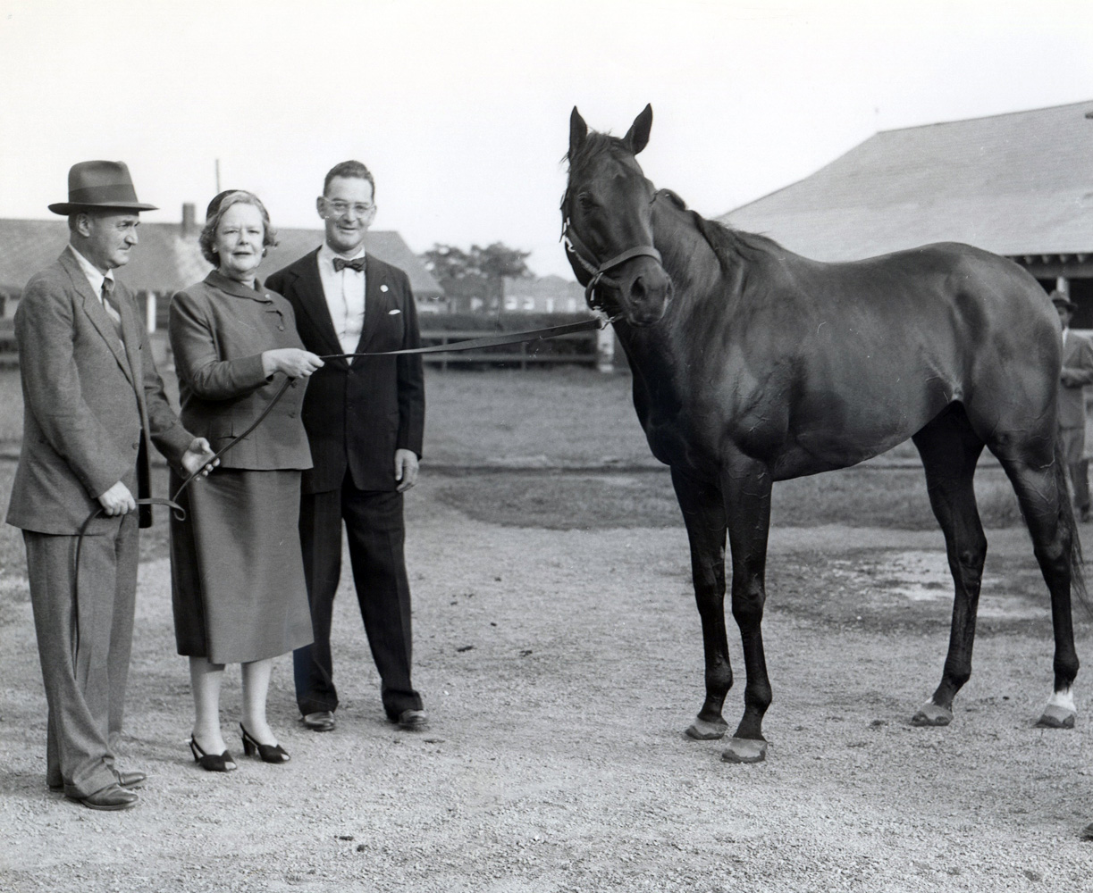 Tom Fool with trainer John Gaver and Greentree owners Joan Whitney Payson and John Hay Whitney (Bert and Richard Morgan/Museum Collection)