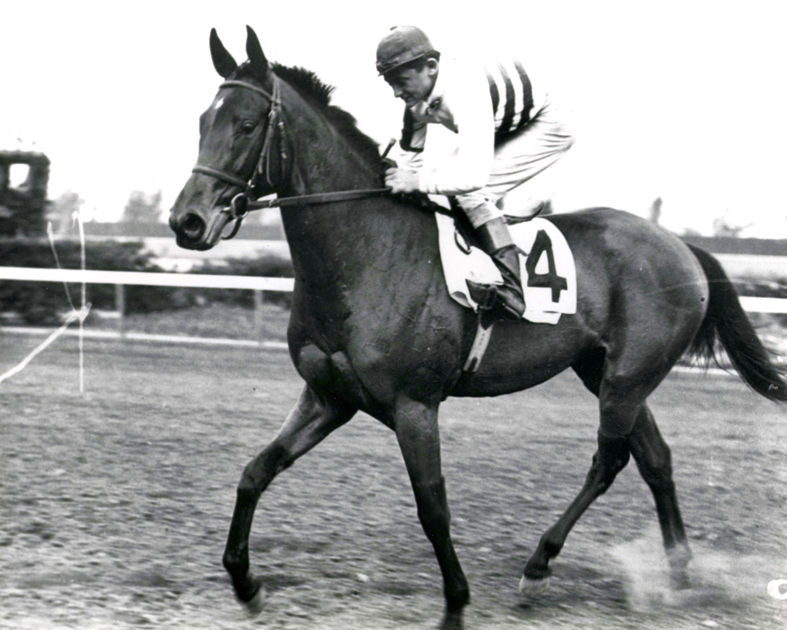 Black Helen with B. Meade up (The BloodHorse/Museum Collection)