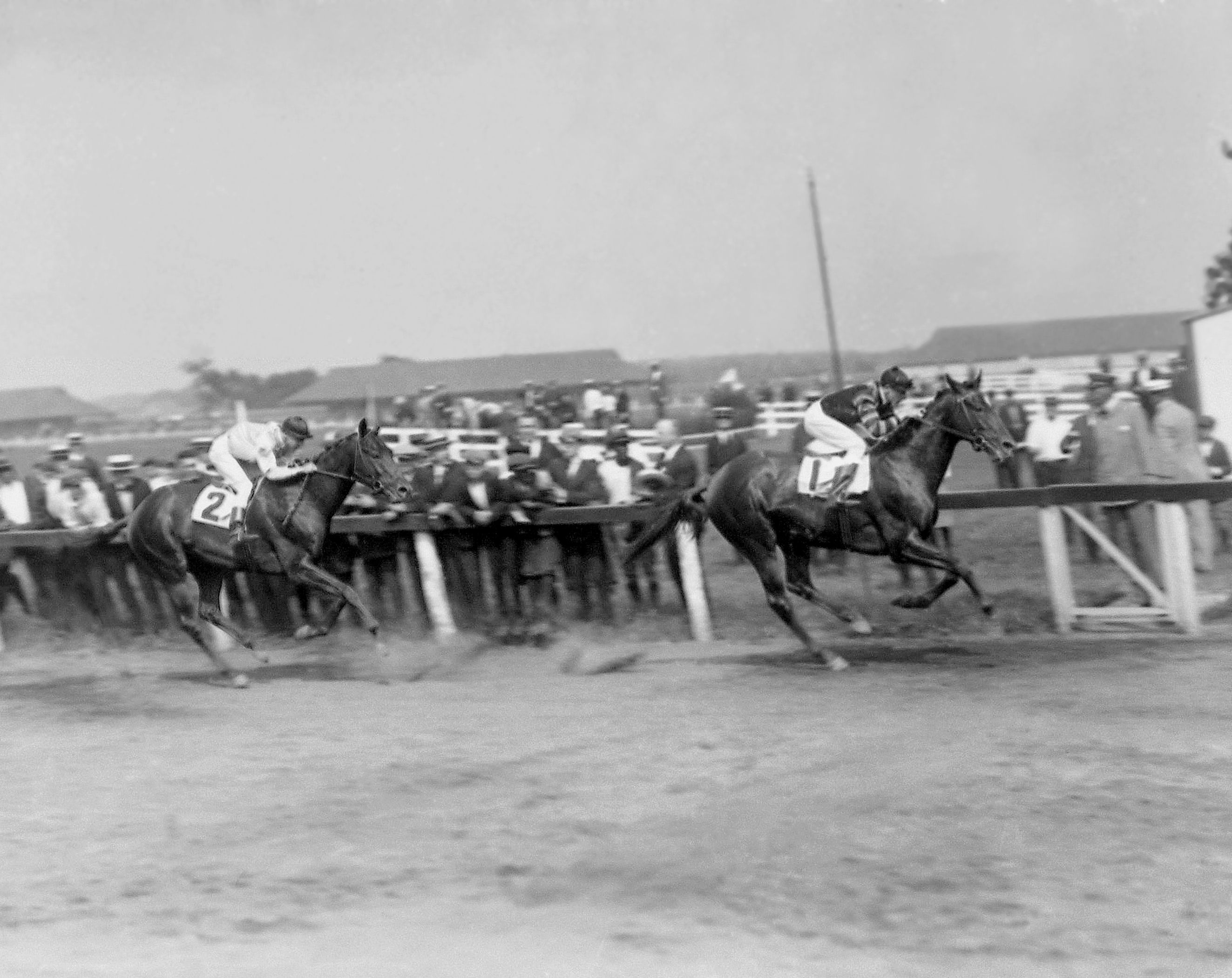 Man o' War (Clarence Kummer up) winning the 1920 Dwyer Stakes (Keeneland Library Cook Collection)