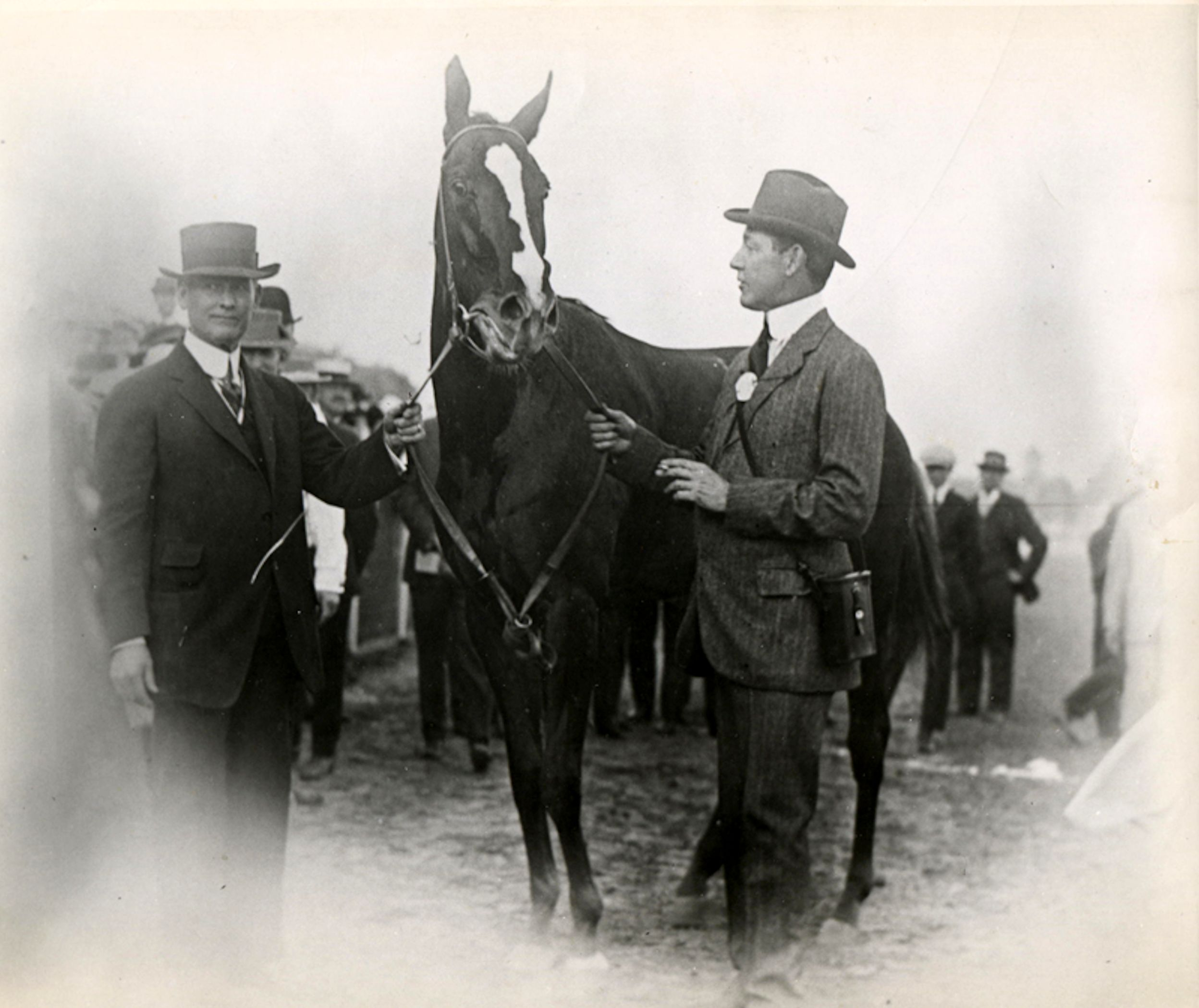 Regret with trainer James Rowe and owner Harry Payne Whitney (Museum Collection)
