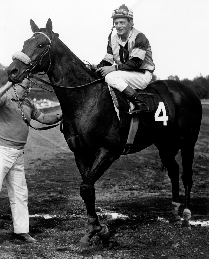 Walter Blum and Gun Bow in the winner's circle for the 1964 Whitney at Saratoga (Bob Coglianese/Museum Collection)