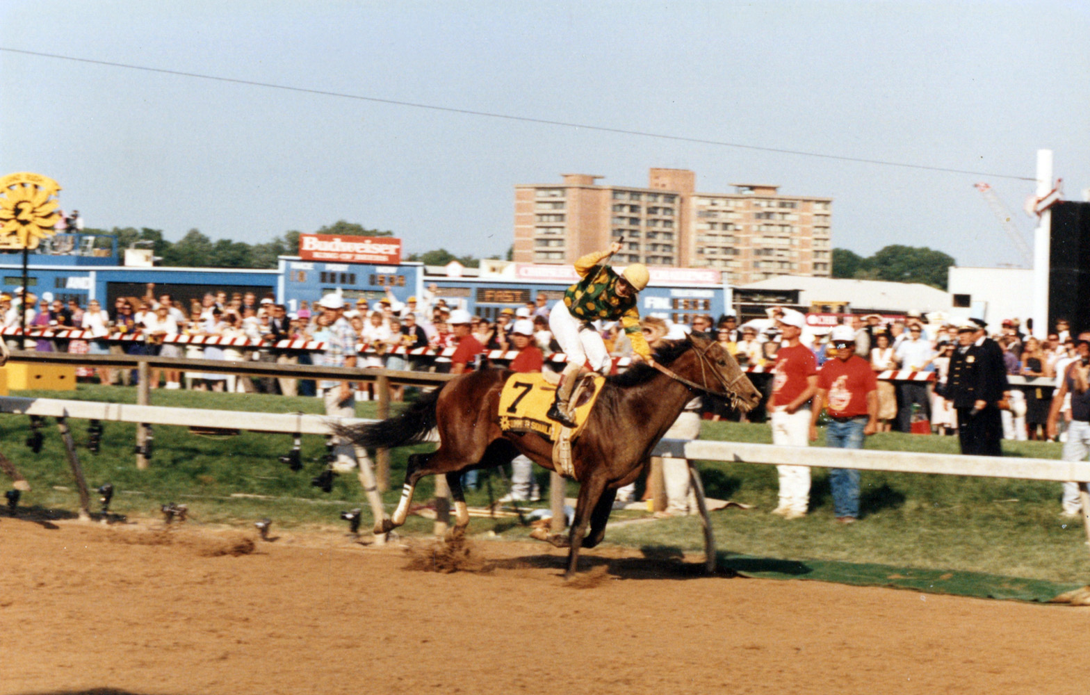 Pat Day and Summer Squall winning the 1990 Preakness at Pimlico (Mike Pender/Museum Collection)