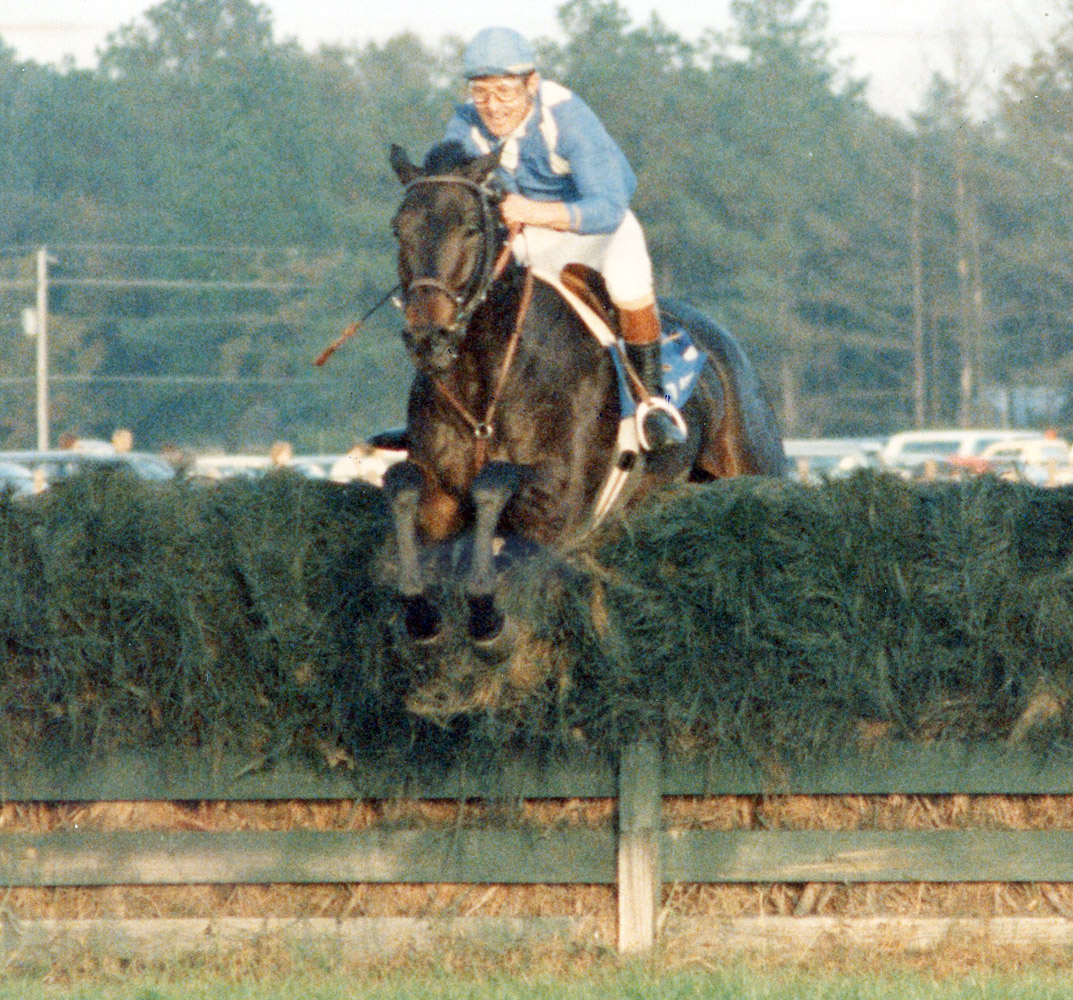Jerry Fishback and Flatterer clearing a jump in the Colonial Cup (Catherine French/Museum Collection)