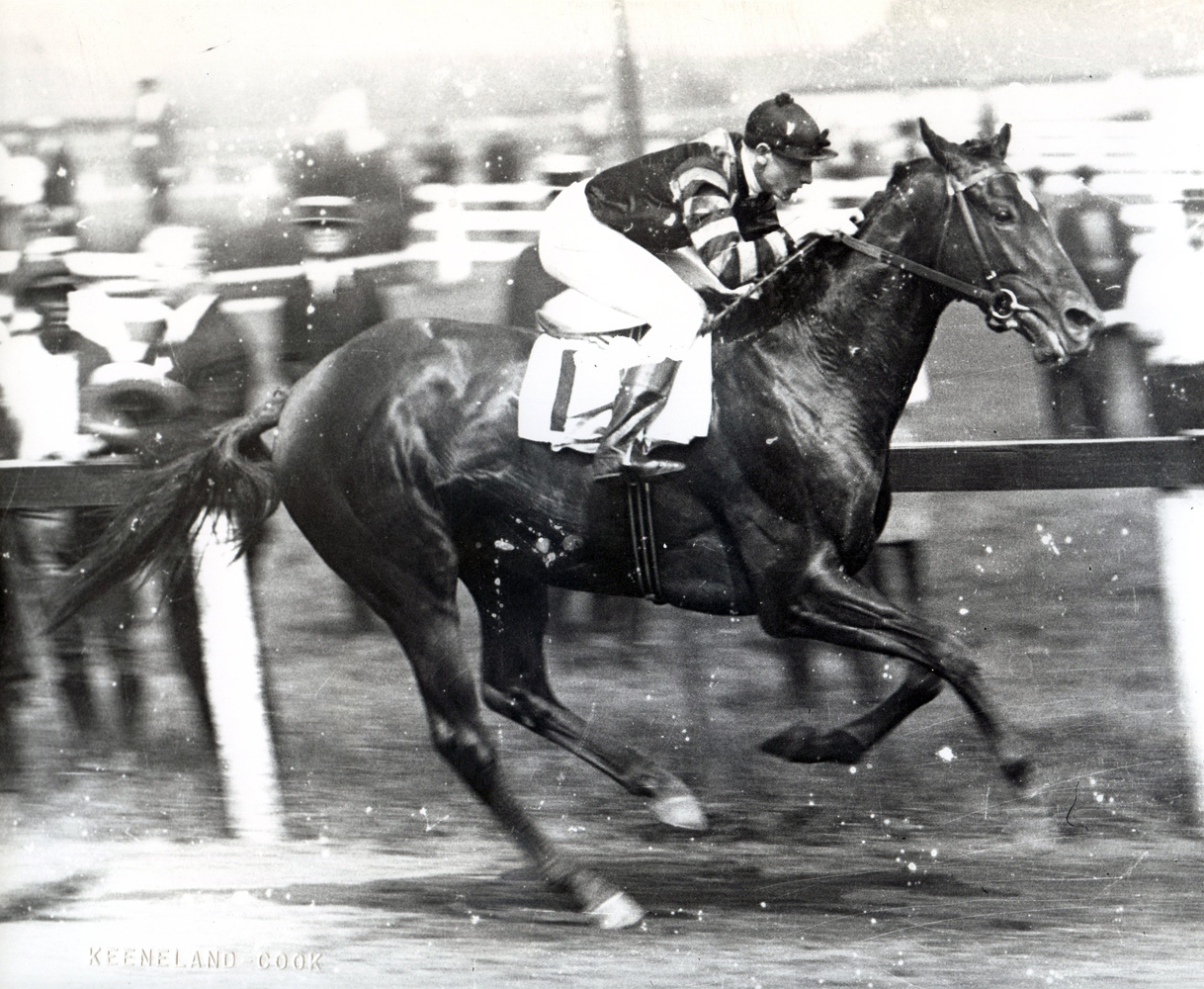 Clarence Kummer and Man o' War winning the 1920 Dwyer Stakes at Aqueduct (Keeneland Library Cook Collection/Museum Collection)