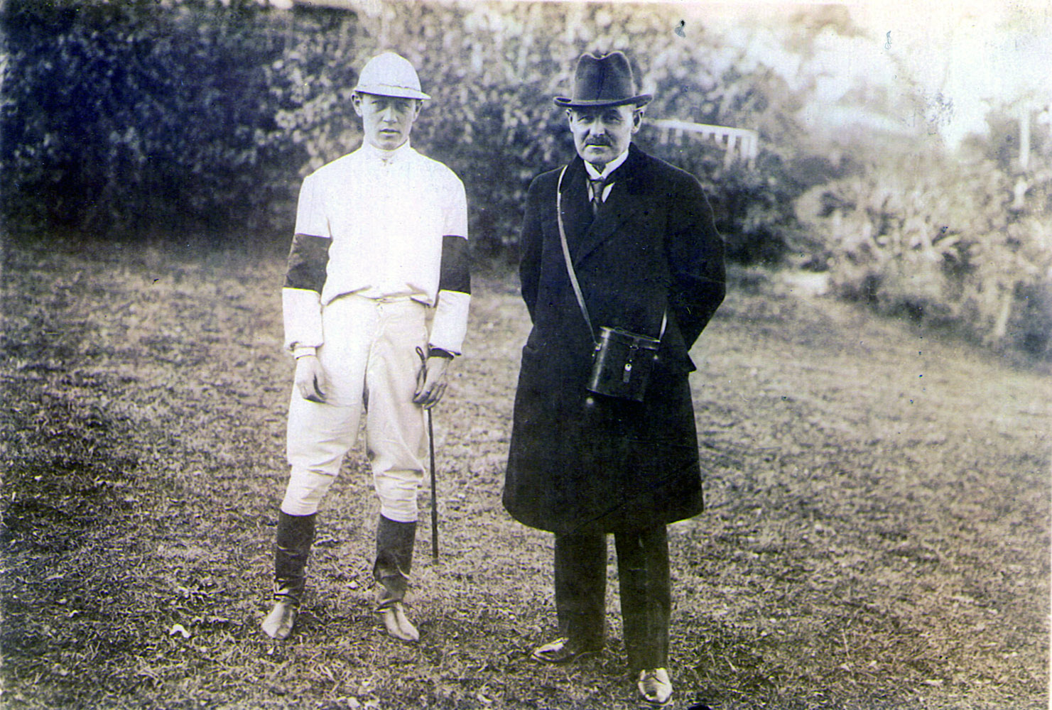 Frank O' Neill and trainer William Duke (Museum Collection)