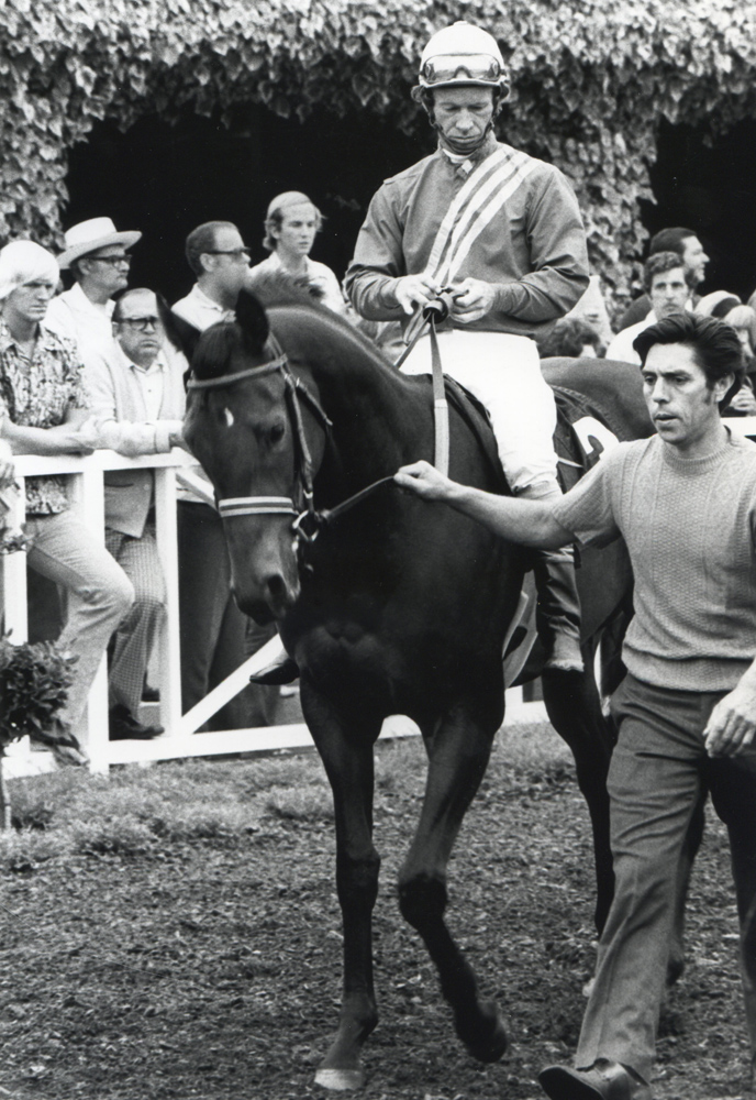 Don Pierce and Fleet Peach in the paddock before winning the 1973 Debutante at Del Mar (Bill Mochon/Museum Collection)