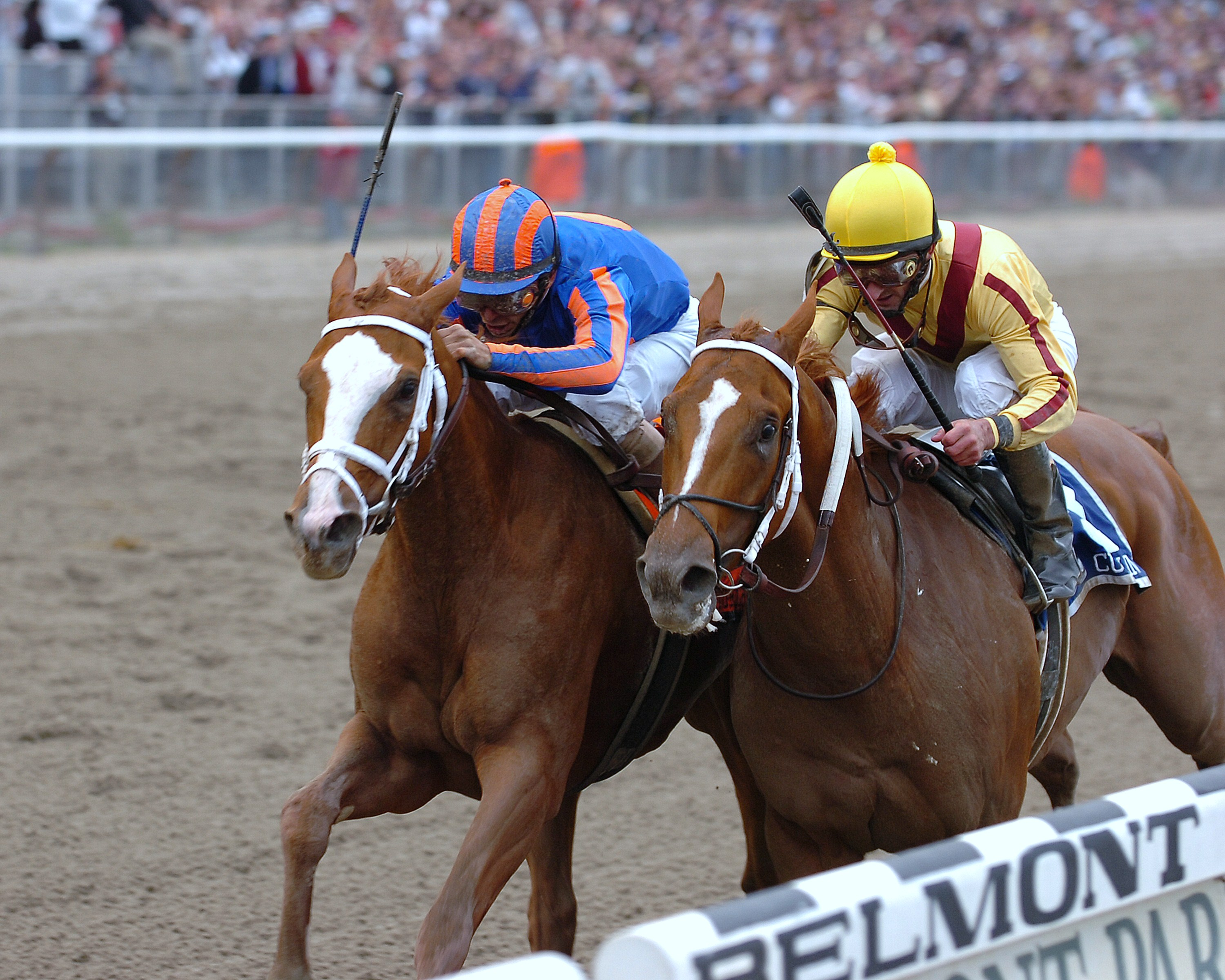 Rags to Riches, left, with John Velazquez up, defeats Curlin to win the 2007 Belmont Stakes (NYRA)