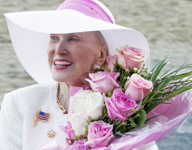 Marylou Whitney at Saratoga, August 2016 (Barbara D. Livingston)