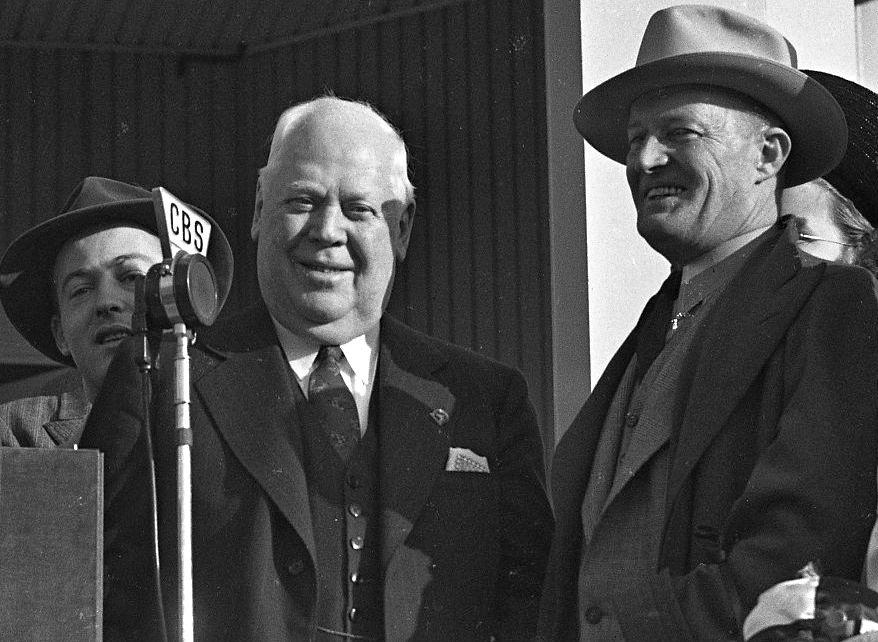 Matt Winn at the 1940 Kentucky Derby presentation (Keeneland Library Morgan Collection))