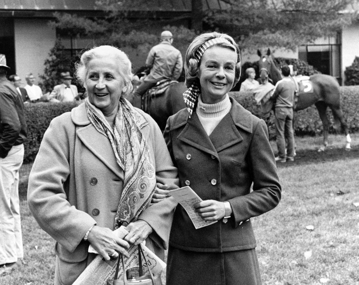 Mrs. John Wesley Mars and Alice Headley Bell in the paddock at Keeneland, 1969 (Keeneland Association)