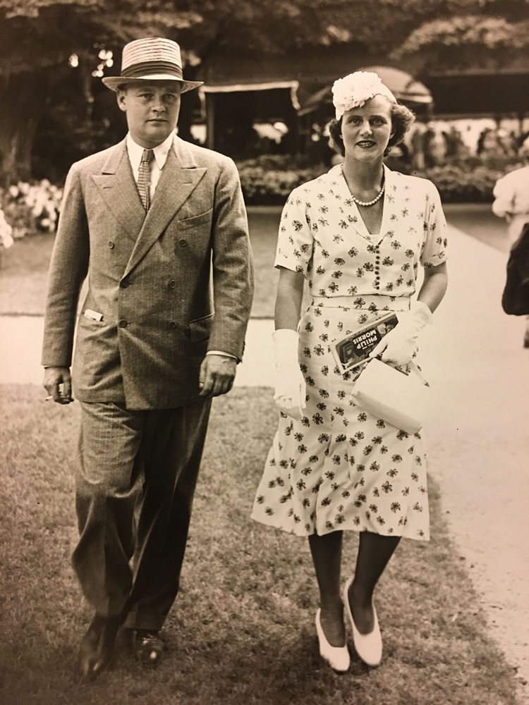 Mr. and Mrs. Ogden Phipps in 1937 (Keeneland Library Morgan Collection)
