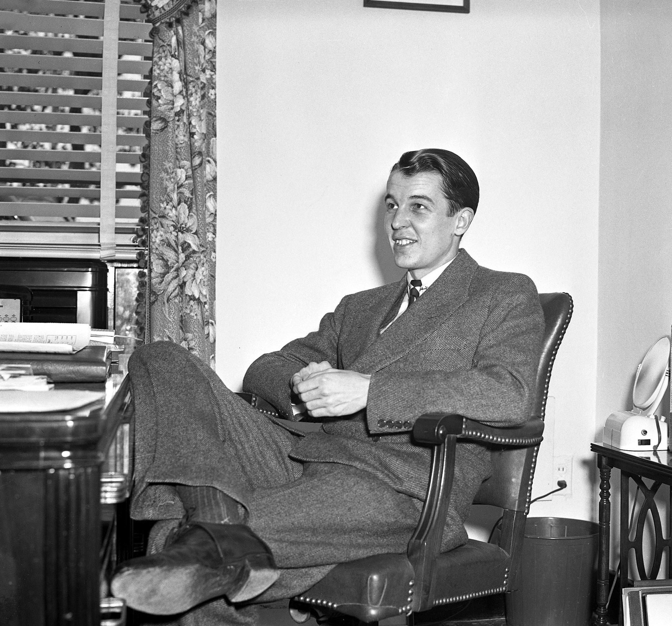 Alfred G. Vanderbilt II (Keeneland Library Cook Collection)