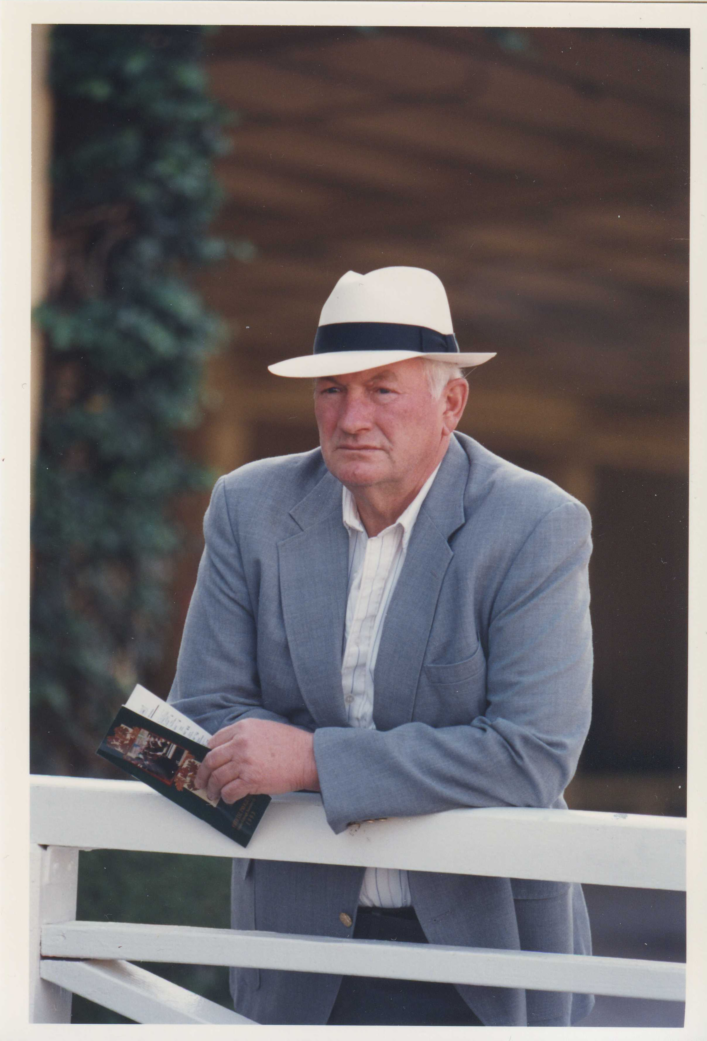 Allen Jerkens at Santa Anita Park, November 1993 (Barbara D. Livingston/Museum Collection)