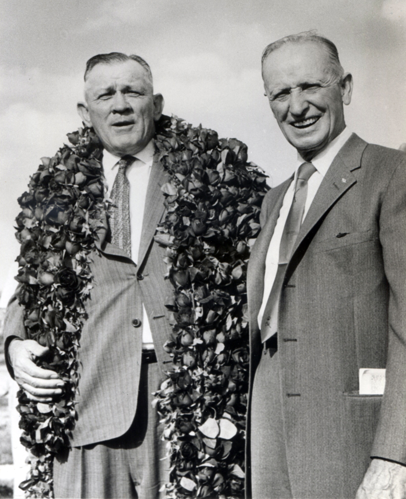 Frank E. Childs (on right) in 1959 (BloodHorse/Bud Kamenish /Museum Collection)