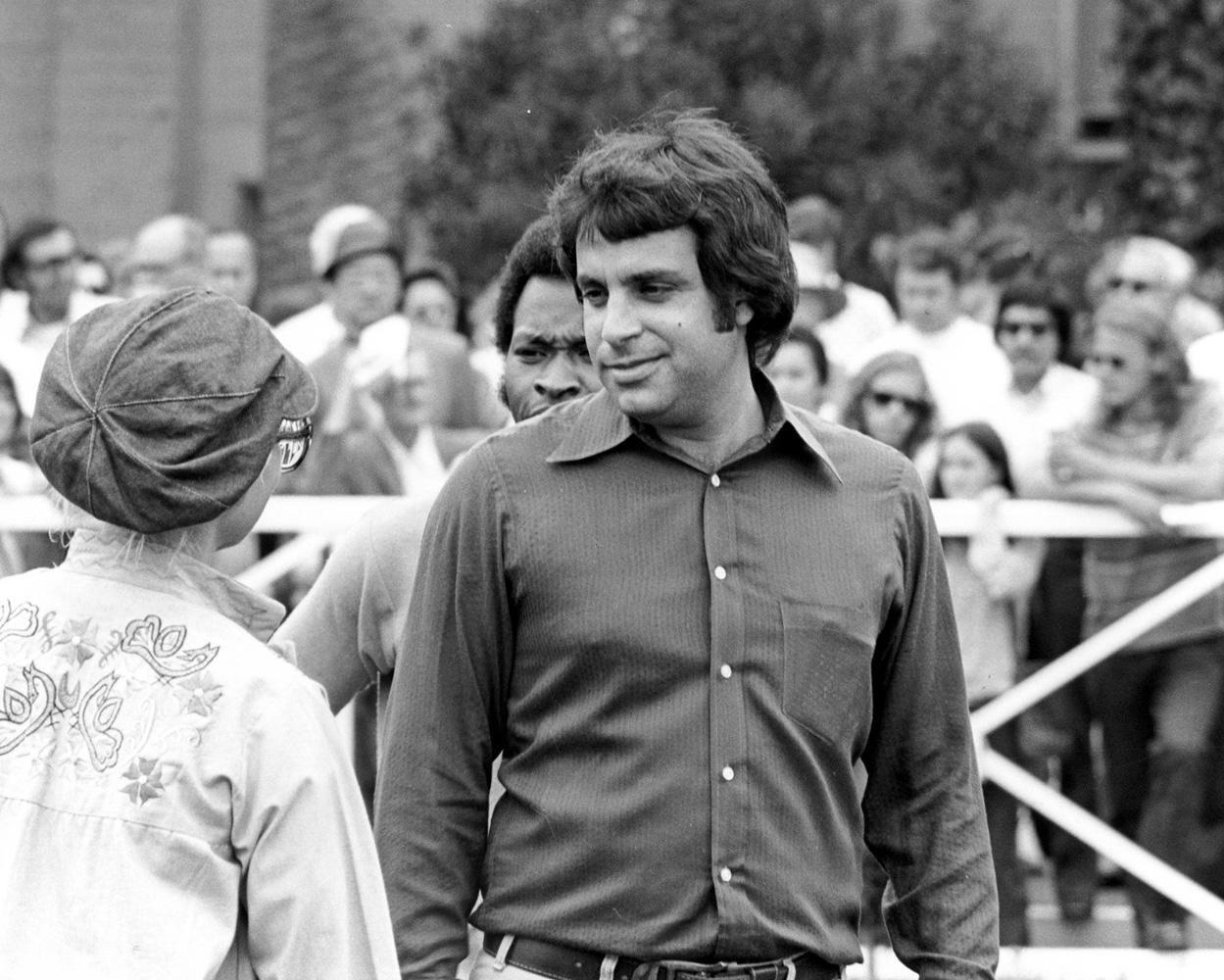 Bobby Frankel in the Del Mar paddock, August 1973 (Bill Mochon/Museum Collection)
