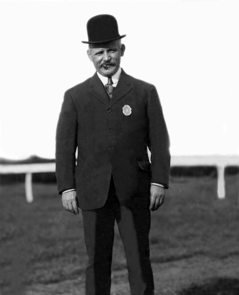 Trainer Frank McCabe in 1909 (Keeneland Library Hemment Collection)