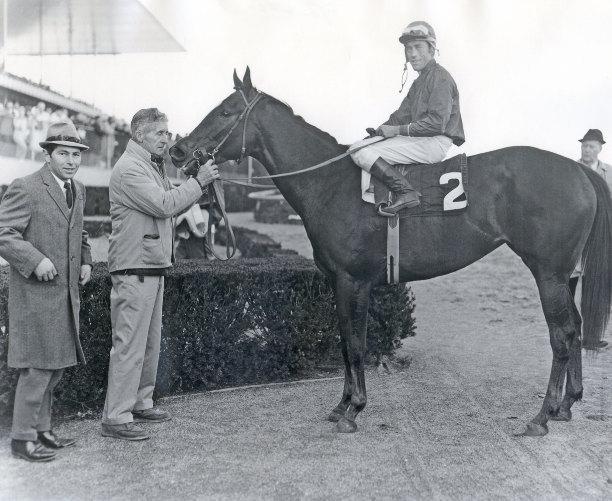 "Trainer Flint S. ""Scotty"" Schulhofer and Ta Wee (John Rotz up) in the winner's circle (Bob Coglianese/Museum Collection)"